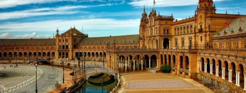 Study Abroad in Spain: 5 Things You Absolutely Have to Do