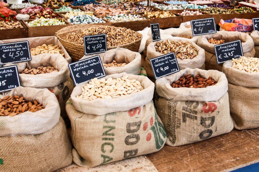 the best Spanish food markets