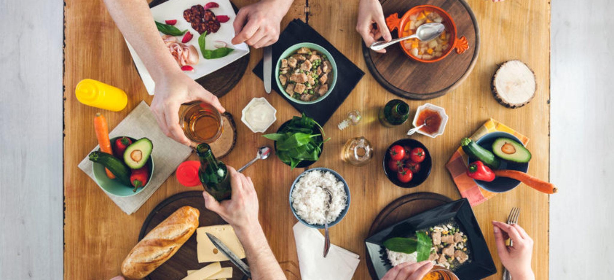 mealtimes in spain