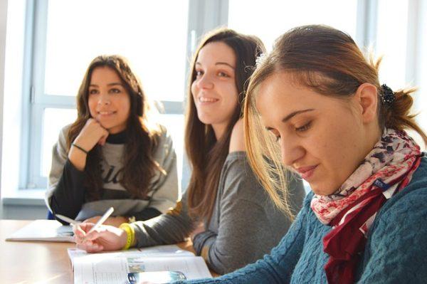 cheapest spanish language schools in spain