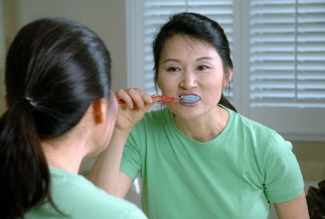 Reflexive Spanish Verbs teeth